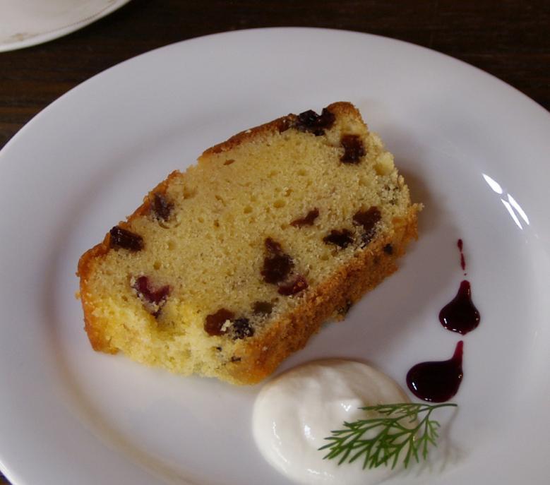 パウンドケーキ(300g) 平飼い卵「ここたま」使用 ドライフルーツ ラム酒